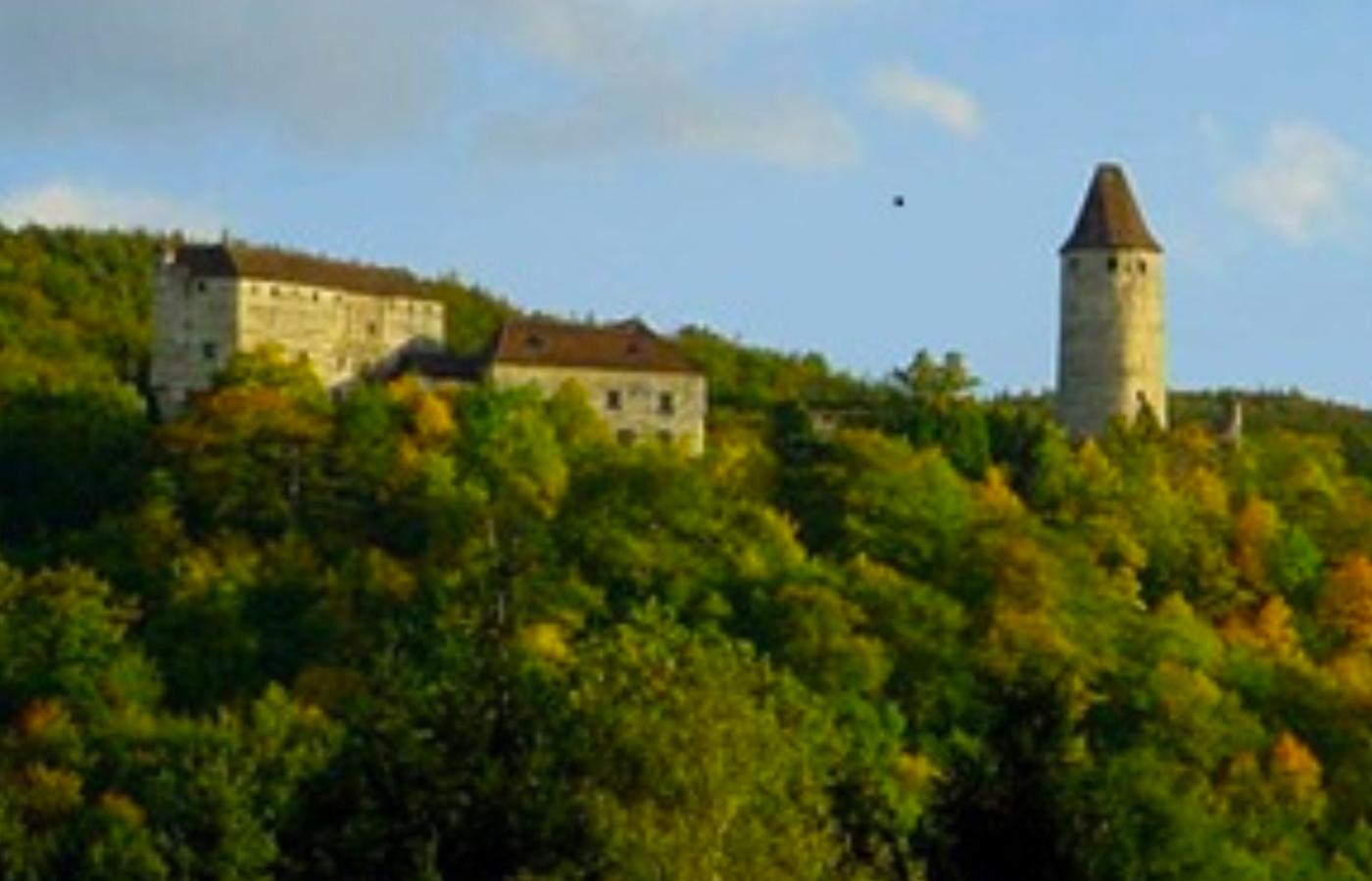 bildung360 Mittelalter: Burgen, Schlösser und Ritter